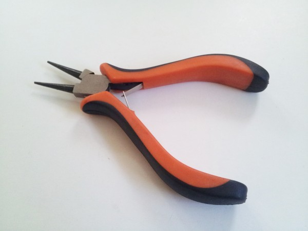 CHUNKY GRIP ROUND NOSE PLIERS pinning only