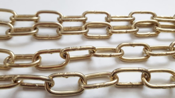 Various Lengths Off Cuts Of Brass Plated Chandelier Chain 37KGS
