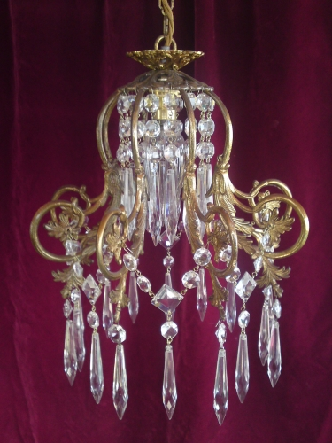 BRASS FRAME SINGLE LIGHT CHANDELIER