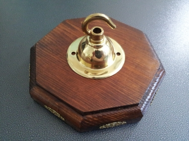 Oak stained pine wooden pattress octagon with brass hook plate